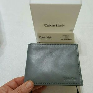 New authentic Calvin Klein gray leather wallet
